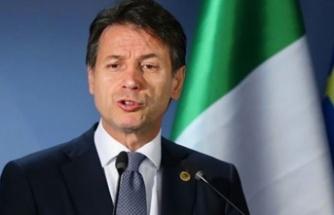 İtalya'da Başbakan Conte ve hükümeti istifa etti