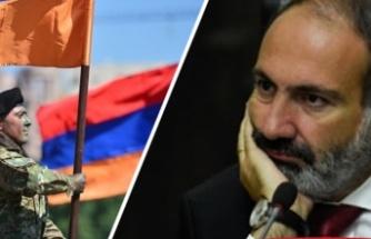 Ermenistan ordusu hükümetin istifasını istedi