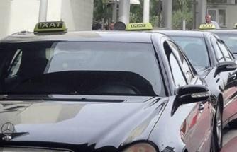 Birleşik Taksiciler Birliği, 9 yolcu altında taşımacılık izni olanlara Güney Kıbrıs'a yolcu taşıma izni verilmesini eleştirdi