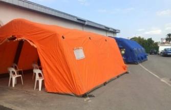 Pandemi hastanesine iki çadır kuruldu