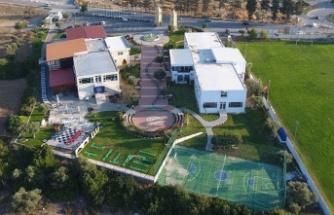 KKTC okullarına uzaktan eğitimde ölçme ve değerlendirme eğitimi