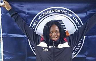 DAÜ'lü Ese Brume Tokyo 2020 olimpiyatlarında bronz madalya kazandı