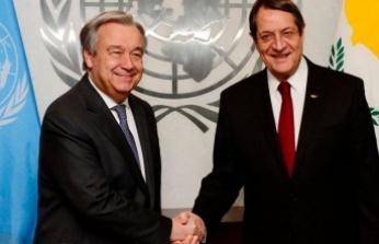 Anastasiadis, Paris'te Guterres İle Kısa Bir Görüşme Yaptı