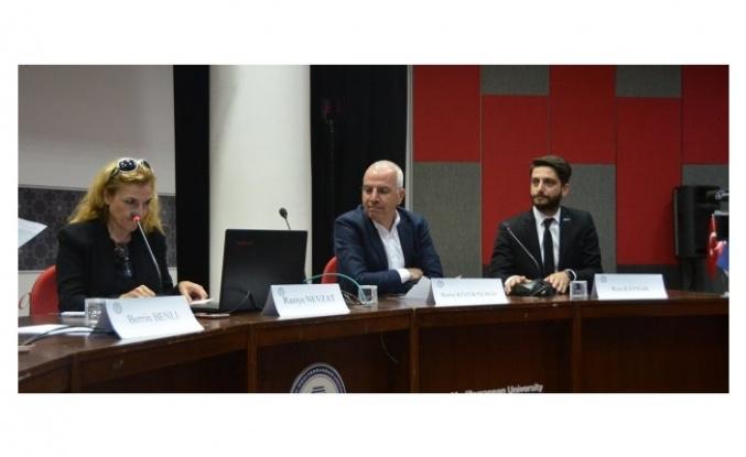 """""""Turizm'de Dijital Dönüşüm Paneli"""" DAÜ'de gerçekleşti"""