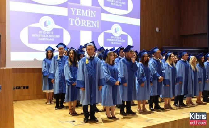 Yemin Töreni ile mezunlar yeni başlangıçlara adım attı
