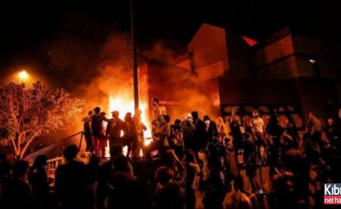 ABD yangın yeri! Siyahi öfke giderek artıyor!