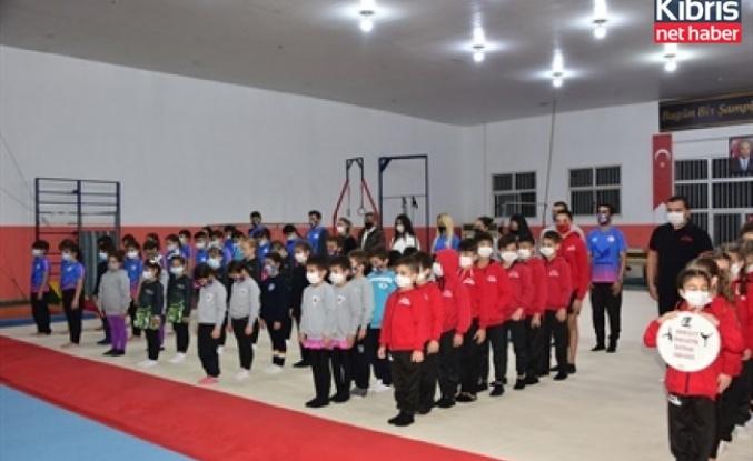 Dr. Fazıl Küçük cimnastik salonu düzenlenen törenle açıldı