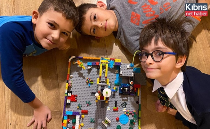 Geleceğin mimar, mühendis ve tasarımcıları programı ile çocuklar projelerini sergiledi