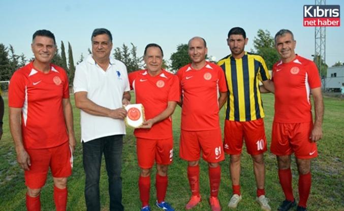 Meclis Futbol Takımı, Beyarmudu Masterleri ile karşılaştı