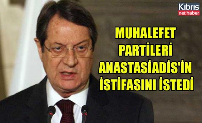 Muhalefet partileri Anastasiadis'in istifasını istedi