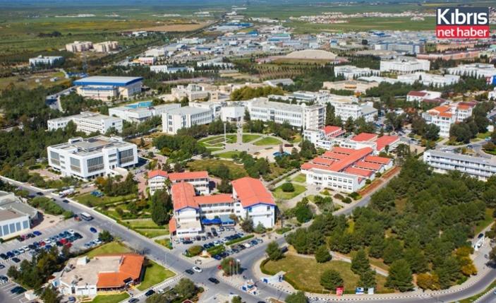 DAÜ İşletme ve Ekonomi Fakültesi yüksek lisans programları en iyiler arasında